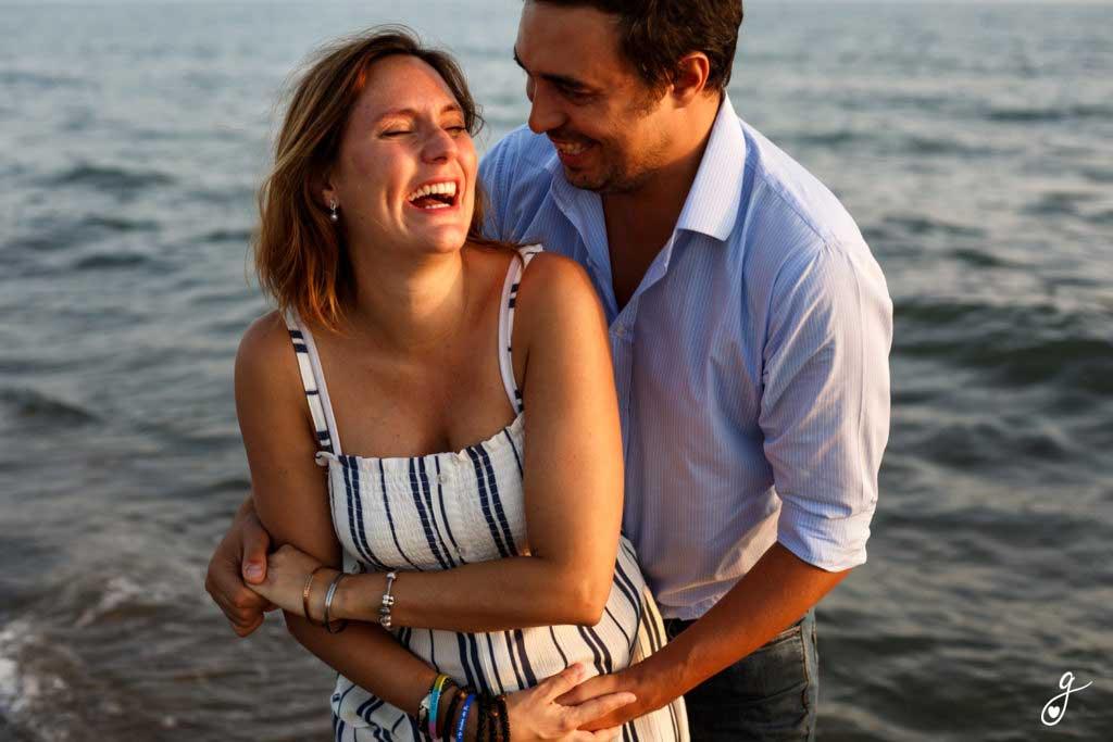 Servizio fotografico gravidanza al mare
