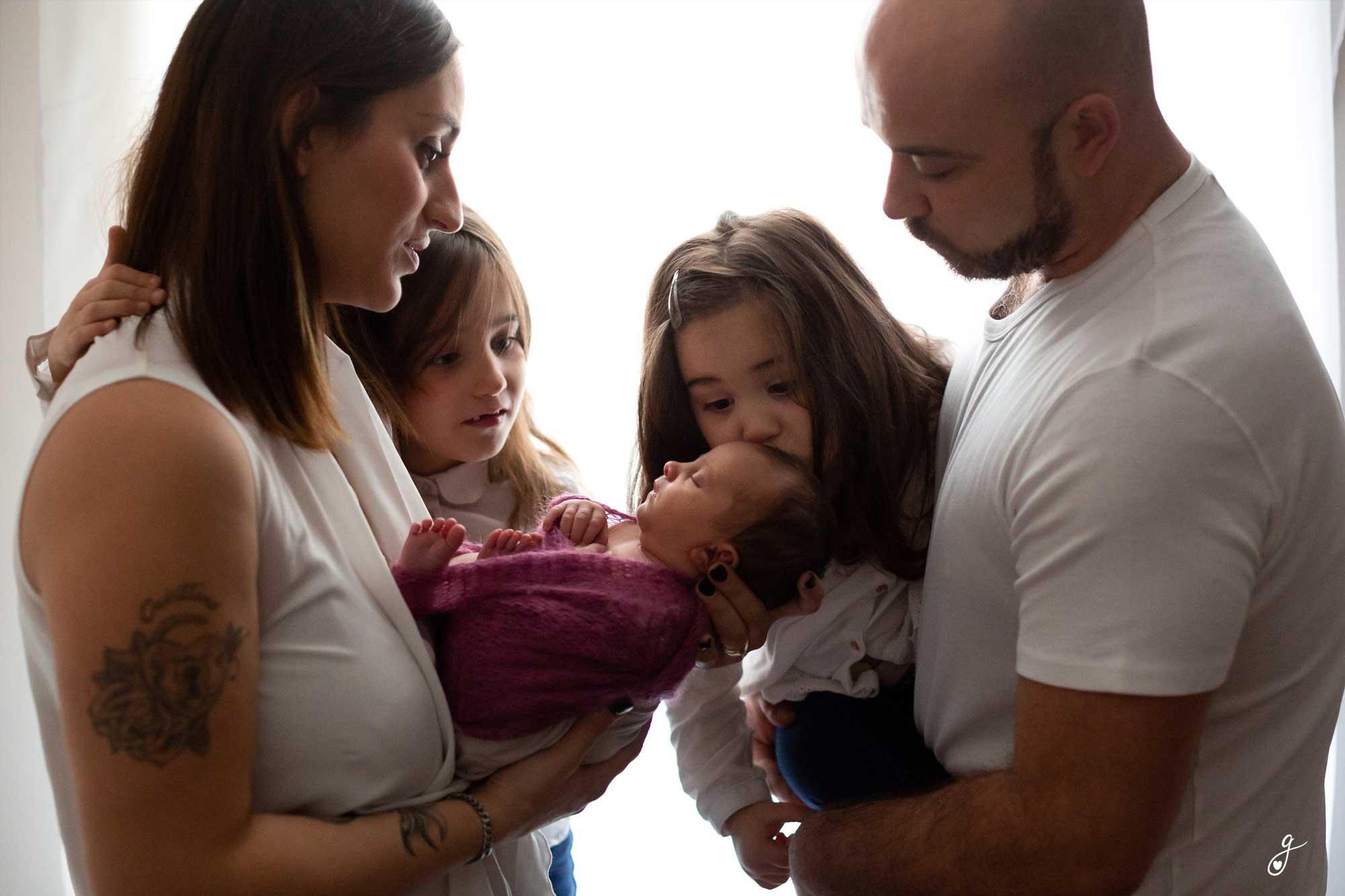 newborn-family-photo
